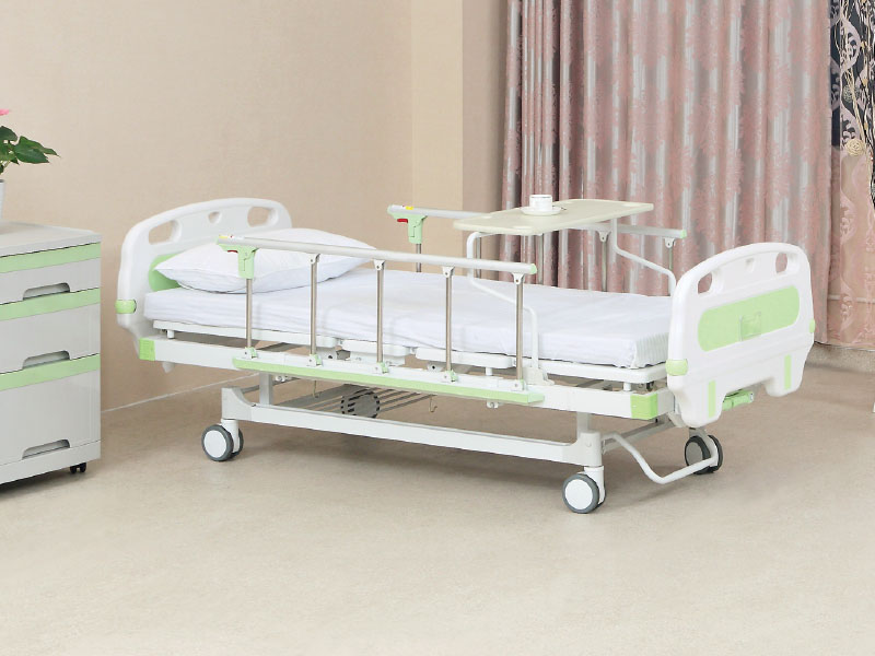 ZKC 261K hand operated hospital bed (type IV)